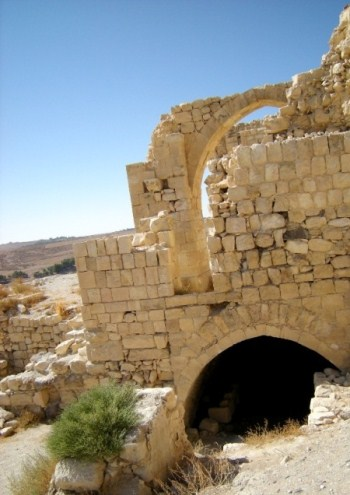 Thumbnail image for Pictures/CompanyProfileLargeImageGallery/24052012_125230Shobak castle (19).jpg